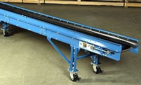 Slider Bed Bagging Conveyor